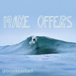 Make offers sunshine babes! ☀️🌊